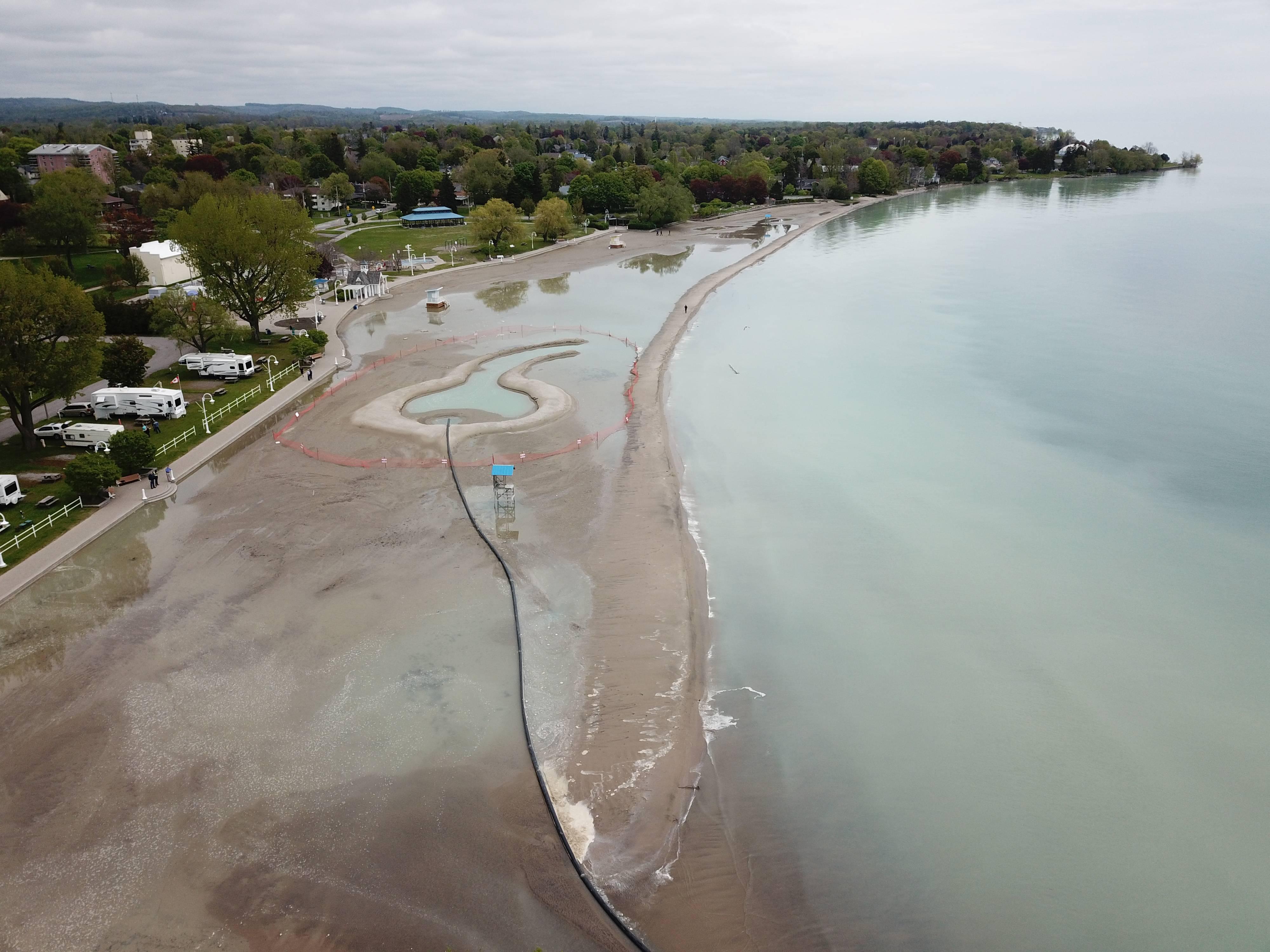 Lake Ontario at Cobourg, Ontario, 29 May 2019 (source:  Ganaraska Conservation)