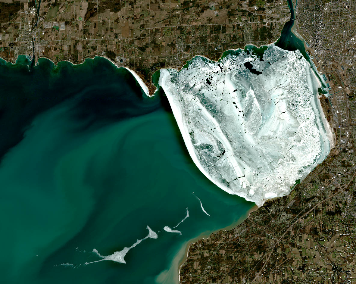 Ice Eastern Basin of Lake Erie March 2021