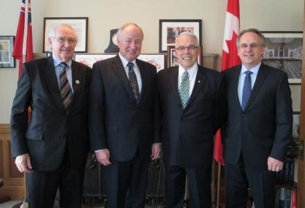 Water Matters - Canadian commissioners meet with the Minister of Foreign Affairs, the honourable Rob Nicholson