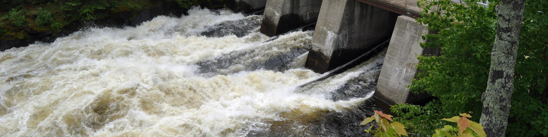 Kettle Falls, Minnesota - Water Rushing Through the Dam